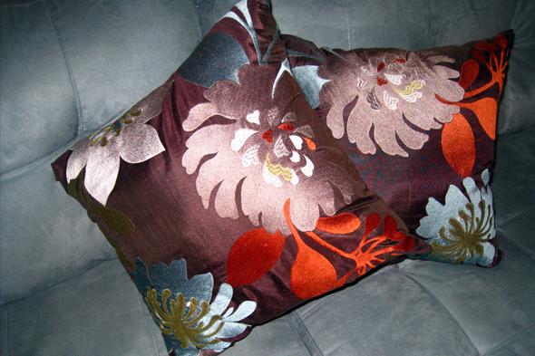 031310_pillows