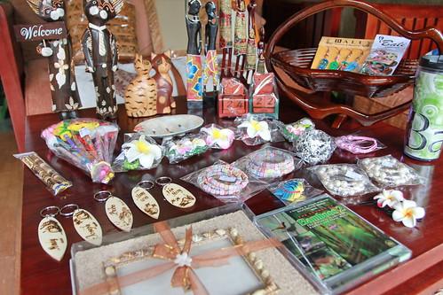 Bali Souvenir part 2 (by PipperL)