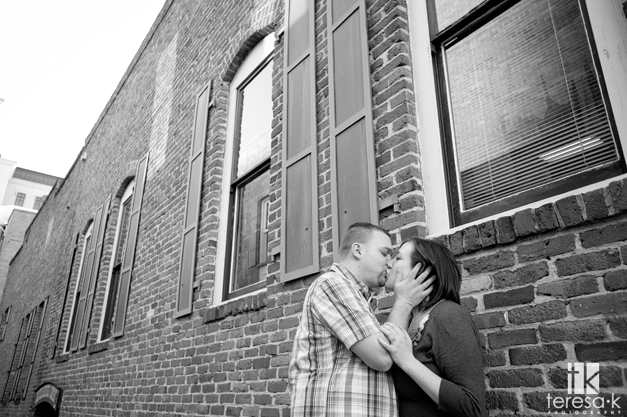Old Town Sacramento Engagement Shoot with Brittany and Shaun by Sacramento Engagement Photographer Teresa Klostermann of Teresa K photography