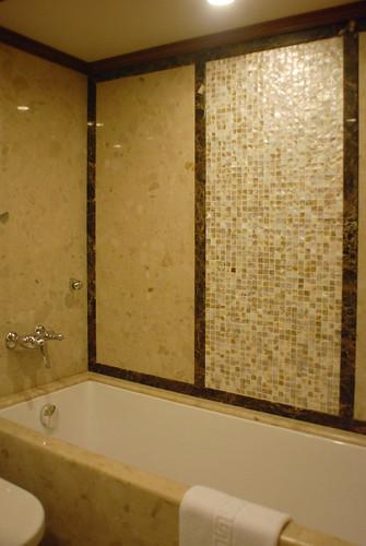 Maharajas' Express Luxury Train (India) - Presidential Suite bathroom