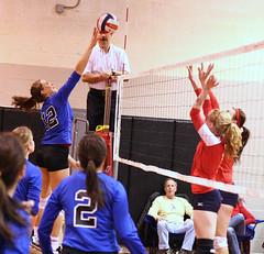Yorktowne 18s 3-6-10 (42) (SJH Foto) Tags: girls net sports club team battle tournament valley volleyball forge 18s valleyforge yorktowne 3610 u18s