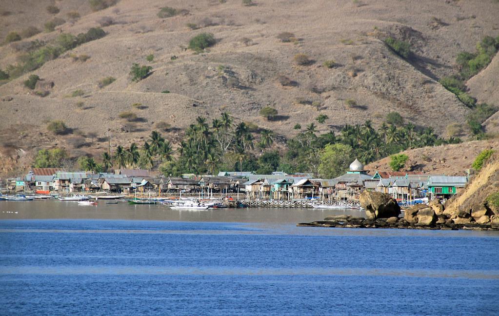 Komodo Island Movie Komodo Island Homes on Stilts