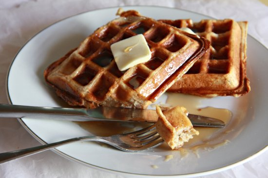 Brown Butter Yeast Waffles 550