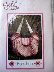 Melly and Me-molde-bolsa Bon-bon (Bau de pano) Tags: designer artesanato craft bolsa tutorial pap molde fofa costura mellyandme