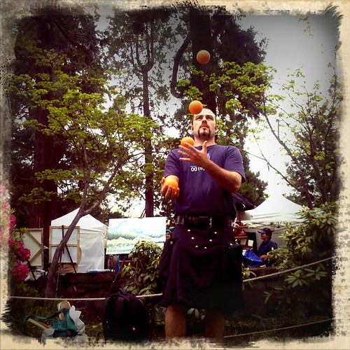 Juggling at Saturday Market