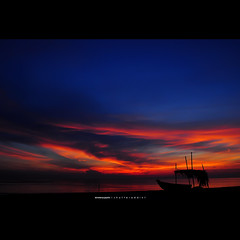 i would risk my life for you (xbrokenpuppetx) Tags: sunrise colorful nikkor kt ladang kualaterengganu d90 1755mm 1755mmf28 subuh nikond90 kampungladang xbrokenpuppetx