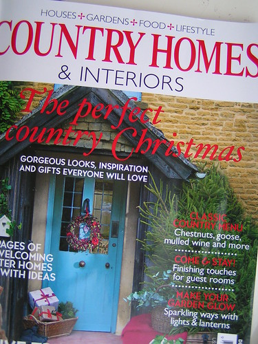 new country Christmas homes