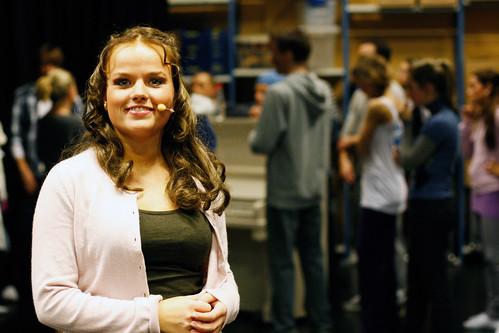 Tiril Heide-Steen spiller Gabriella Montez i forestillingen. Hun har bare hatt tre uker på seg foran premieren.