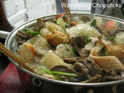 My Youngest Aunt's Husband's Cu Lao (Vietnamese Hot Pot) 1