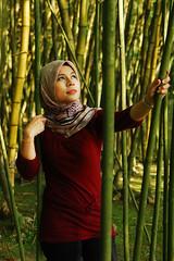 amy (ir Ayak) Tags: portrait nikon hijab malaysia 1750 nikkor d80 tamron1750 nikonstunninggallery nikond80