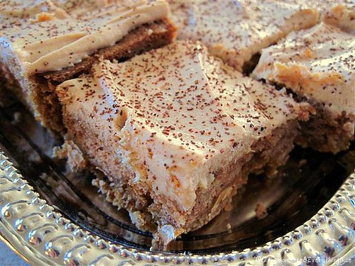 Cinnamon Butterscotch Blondies