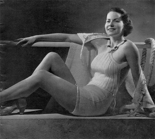 1930s knit bathing suit2