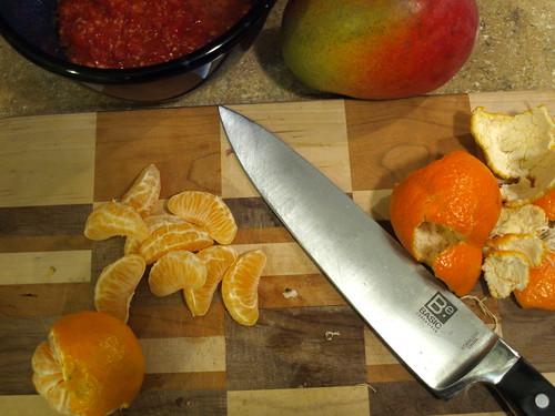 making clementine-mango salsa