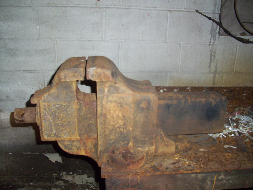 Huge Unidentified Vise