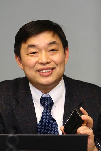 驊訊董事長鄭期成