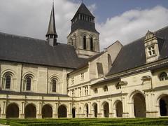 Fontevrault (benalu41) Tags: eglise abbaye maineetloire fontevrault
