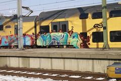 METH (treinreis) Tags: cars car amsterdam de graffiti utrecht top reis spot whole wc burn hilversum t2b pannel trein burners bottem reels trackside treinen langs spotter spotten treinreis pannels treinreiziger