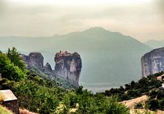 90 367 - Grce, les Mtores (jeanpierreossorio) Tags: montagne grce monastre mtores vanagram blinkagain bestofblinkwinners