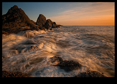 Central Glow (Lance Rudge) Tags: beach oregon nikon colorful tide d3 seastacks waveaction 1735 centraloregoncoast bwnd lancerudge