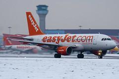 G-EZBF - 2923 - Easyjet - Airbus A319-111 - Luton - 091221 - Steven Gray - IMG_5353