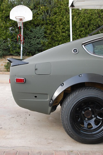 240z classic wing