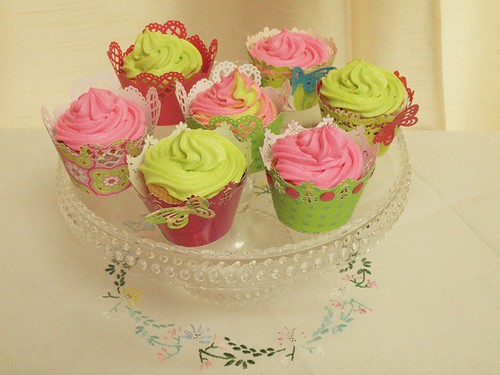 spring inspired cupcakes