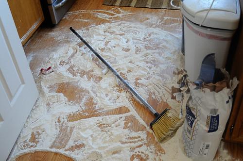 flour mess1