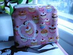 Cupcake Pouch