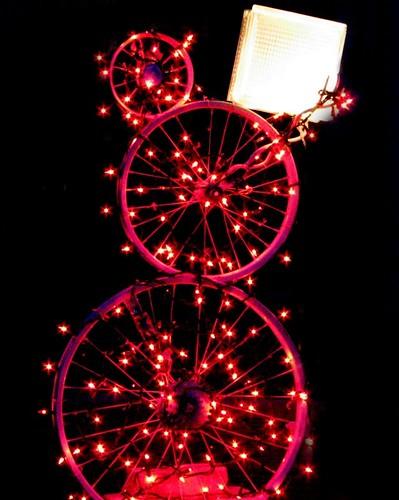 Bicycle-Wheel Snowman