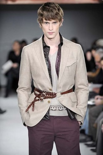 Mathias Lauridsen3212_FW10_Paris_Francesco Smalto(Franky-F@mh)