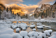 Clearing Winter Storm from Valley View, Yosemite, CA.  December 8, 2009 (Robert Pearce Photography) Tags: california trees winter light sunset cloud snow landscape gold december sierra yosemite granite oaks elcapitan 2008 valleyview yosemitevalley yosemiteblog clearingstorm nikond200 lightband gatesofthevalley robertpearce sierrasolstice robertpearce