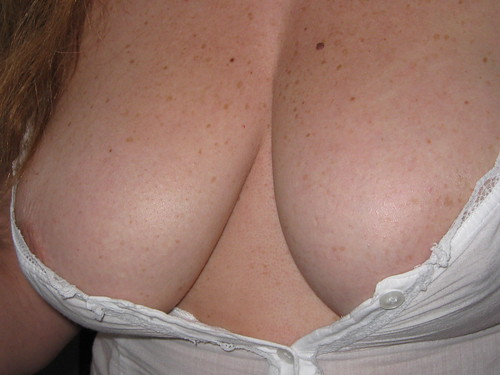 Big natual tits down blouse