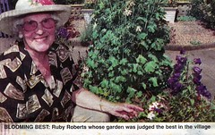 """mrs roberts • <a style=""""font-size:0.8em;"""" href=""""http://www.flickr.com/photos/43933960@N04/4398199199/"""" target=""""_blank"""">View on Flickr</a>"""