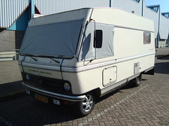1979 Bedford Blitz Hymer-Mobil (Skitmeister) Tags: auto show holland classic netherlands car utrecht fair exhibition oldtimer gf vauxhall beurs vehikel pkw 97500 37btvv