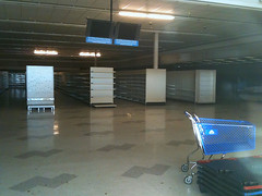abandoned grocery in Vancouver WA (by: Ninjam98, creative commons license)