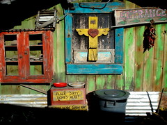 La Cocina de Duran in Prescott, Arizona | 70/365 (Surat Lozowick) Tags: wood old arizona food sign wall trash dinner outside march cross painted entrance az mexicanfood shelf mexican cocina arrows peppers local 365 dirtydishes prescott day70 2010 hugos march11 project365 3661 project36570 project3661 2010yip project36612010 project36511mar10 march112010 project365031110 hugoscocina lacocinadeduran