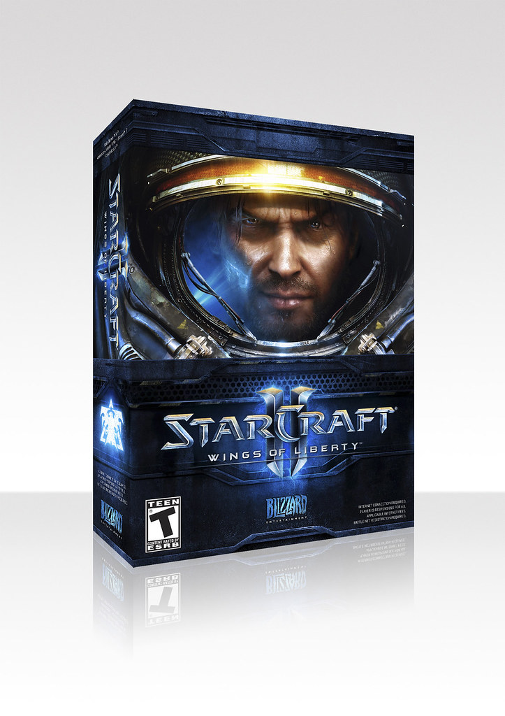 Thumb StarCraft II: Wings of Liberty (Cajas de la versión Standard y la Collector)