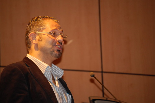 José C. Elías, conferencia en la UASD