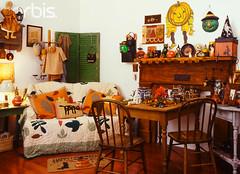 (surimi) Tags: halloween pumpkin doll quilt jackolantern room decoration nobody mat shutters domesticscenes everydayscenes doormat interiordesign collectibles familyroom countrystyle designarts