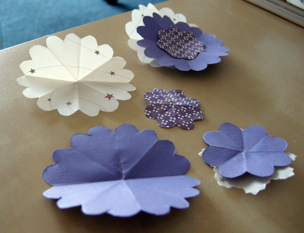 Paper Flowers for the Holidays