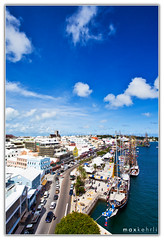 City of Hamilton, Bermuda (Max Kehrli) Tags: city blue sky building architecture canon island ship harbour wide business tall bermuda tallship 1740 3862 cityofhamilton 5dmarkii 5dii