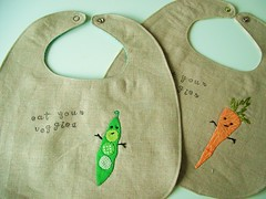 veggie bibs (pinklemonadeboutique) Tags: baby linen veggies bibs artsinri pinklemonadeboutique