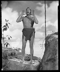 7000-0226 (AliceJapan ʕ •ᴥ•ʔ) Tags: johnny mgm 1941 weissmuller johnnyweissmuller tarzan'ssecrettreasure