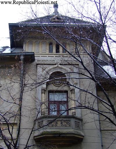 Palatul Administratiei Financiare - 2010 - 3