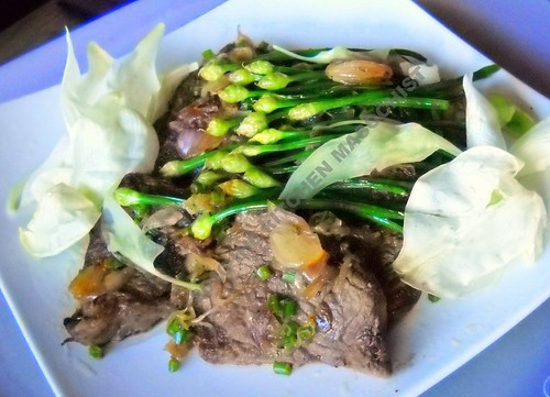 Beef With Chive Blossoms And Corkwood Flowers In Shallot Sauce