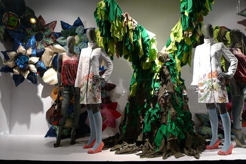 Vitrine Desigual - Galeries Lafayette - Paris, mars 2010