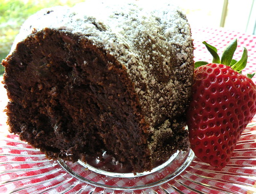 Recipe: Easy, No Frosting Chocolate Bundt Cake blog image 1