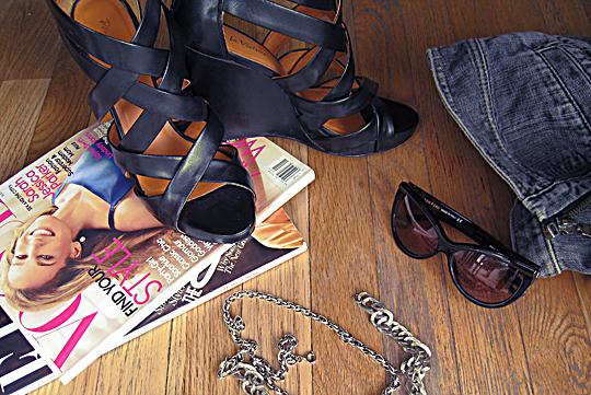 magazines+tom ford sunglasses+pour la victoire wedges+chains