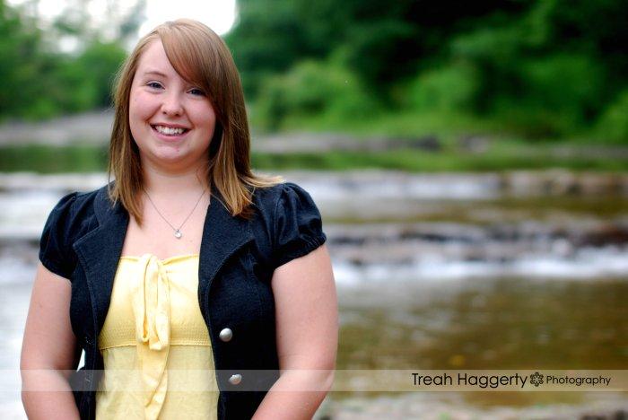Senior | Amanda