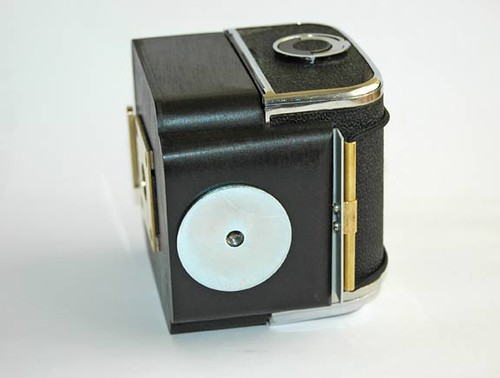 Hasselblad/Kiev back pinhole camera